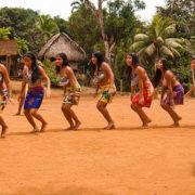 embera-dancing